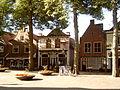 2006-07-14 08.42 Lochem, Bierstraat, monumentale winkelpanden.JPG