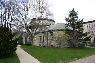 Dearborn Observatory - Image: 2007 04 06 3000x 2000 evanston nu observatory