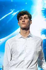 2013-01-24 Jean-Baptiste Maunier at Les Enfoires 2013 in Paris.jpg