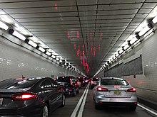 2016-08-12 15 49 22 Vue nord le long de l'Interstate 895 (tunnel du port de Baltimore) à Baltimore City, Maryland.jpg