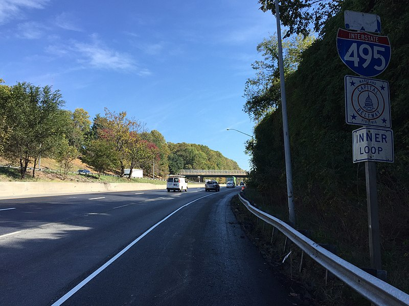 File:2016-10-18 12 32 46 View east along Interstate 495 (Capital Beltway) just east of Exit 38 (Interstate 270 North, Rockville, Frederick) in Bethesda, Montgomery County, Maryland.jpg