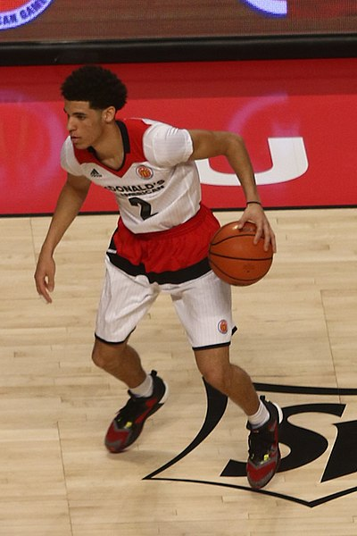 File:20160330 MCDAAG Lonzo Ball handle.jpg