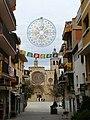 21 Carrer Major (Sant Cugat del Vallès), al fons el monestir.jpg