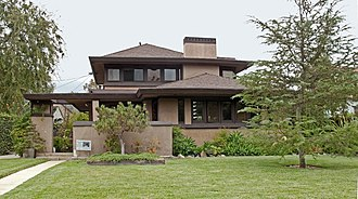 Wilshire Park, Los Angeles - Weber House, designed by Lloyd Wright in 1921.