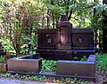5252. Novodevichy cemetery. Grave of Prince L.N. Obolensky.jpg