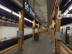 Bay Ridge–95th Street (BMT Fourth Avenue Line) - Station platform.