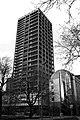 AFE-Turm - rechts das FLAT (12476533933).jpg