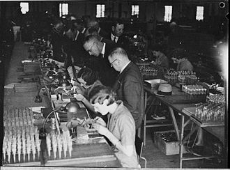 Modern history - Modern history saw extreme changes in the way people lived including industrialization