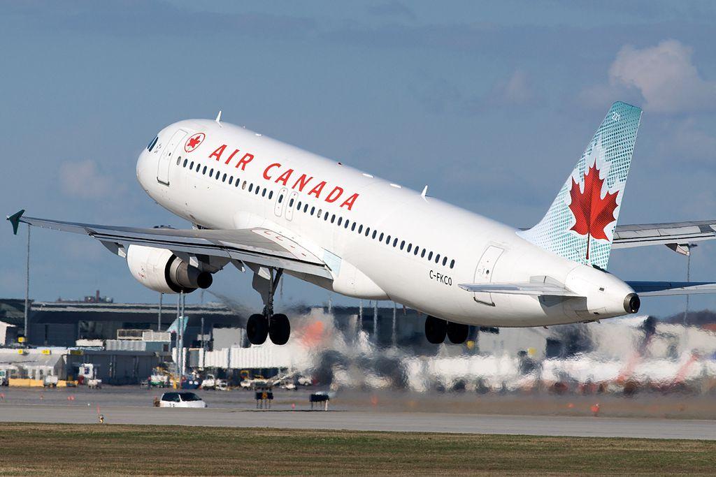 Air Canada bald wieder mit Reiseziel Kuba? | Bildquelle: https://commons.wikimedia.org/wiki/File:Air_Canada_A320_C-FKCO_(4491591203).jpg © BriYYZ from Toronto, Canada / CC BY-SA (https://t1p.de/394y) | Bilder sind in der Regel urheberrechtlich geschützt