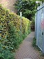 Alley between Station Approach and footbridge over Amersham station - geograph.org.uk - 966624.jpg