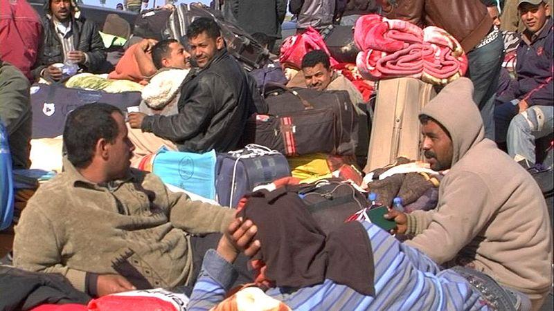 File:Amélioration de la situation à la frontière tuniso-libyenne (5610363034).jpg