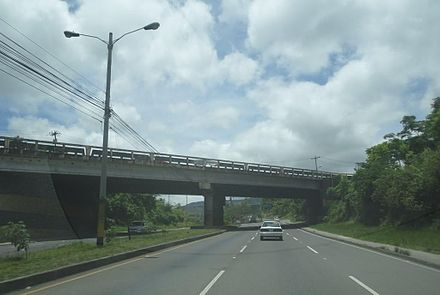 Anillo Periferico (beltway) at the Suyapa Boulevard overpass near Basilica of Suyapa AnilloPerifericoOverpass.jpg