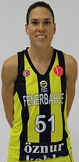 Anna Cruz Spanish basketball player