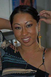 Asami Urano at World Modelling 20050216 1.jpg