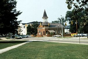 Auburn University Chapel - The Auburn University Chapel in Auburn, Alabama as it appeared in 1982