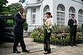Aung San Suu Kyi welcomes Barack Obama.jpg