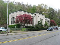 B.F. Jones Memorial Library, Aliquippa.jpg
