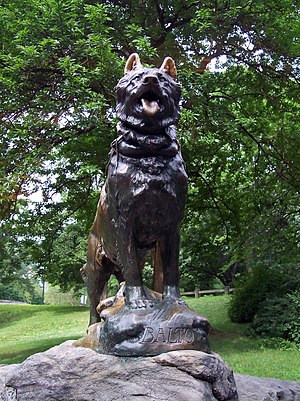 Statue of Balto, the lead dog on the last rela...