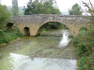 Beaumont, Gers - Bridge over the Artigue