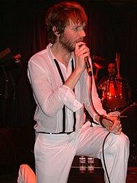 Beck en un show secreto en el Earl's de Los Angeles, 2005.