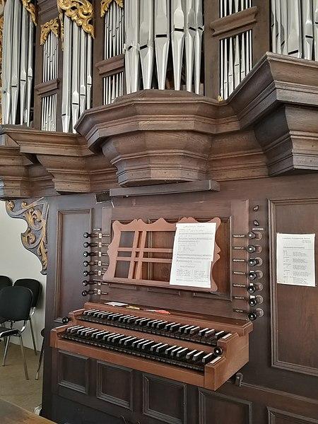 Datei:Berchum, Kirche, Orgel (1).jpg
