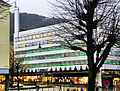 Bergen - Varemagasinet Sundt fra Øvre Ole Bulls plass i desember.jpg