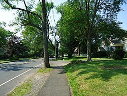 Berkeley Heights NJ Plainfield Avenue with sidewalk and houses
