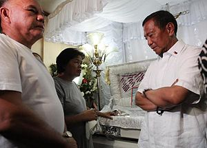 Death of Jennifer Laude - Vice President Jejomar Binay offered his condolence to Julita Laude, the mother of Jennifer Laude during the wake of the latter Laude.
