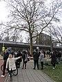 Bloemen voor de slachtoffers van de tramaanslag van 18 maart 2019 in Utrecht, 19 maart 2019.jpg