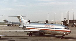 Boeing 727-223 of American Airlines Chicago O'Hare.jpg