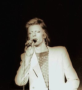 David Bowie tijdens de Diamond Dogs Tour op 5 juli 1974 in Charlotte, North Carolina