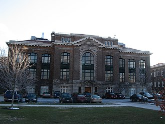 Syracuse University – Comstock Tract buildings - Image: Bowne Hall, Syracuse University