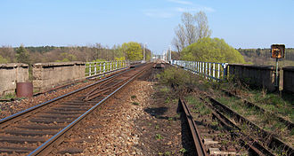 Węgliniec–Roßlau railway - Neiße bridge, looking east; the route in Poland has been already upgraded and electrified (2009)