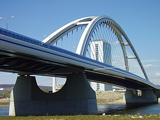 Apollo Bridge - Apollo Bridge from the Petržalka side