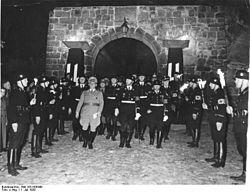 Bundesarchiv Bild 183-H08449, Quedlinburg, Heinrichs-Feier, Heinrich Himmler.jpg