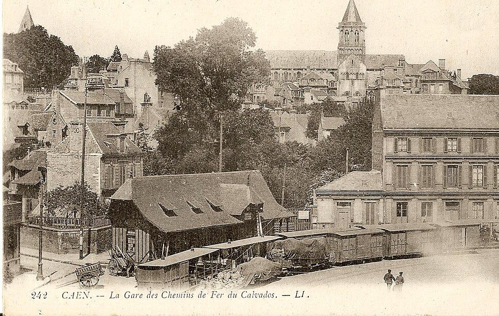 CAEN - La Gare des Chemins de fer du Calvados