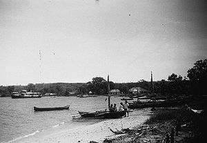 Buru - Kayeli bay near Namlea in 1949