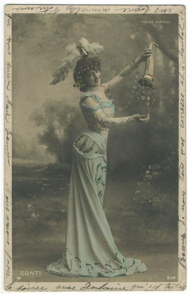 File:CONTI, de SIP. W. 5112. Folies Bergére. Photo Waléry.jpg