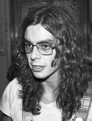 Andy Ward (musician) - Image: Camel Andy Ward (1977)