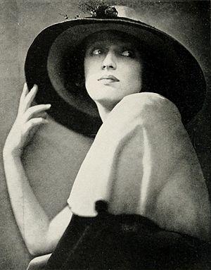 Carmel Myers - c. 1920