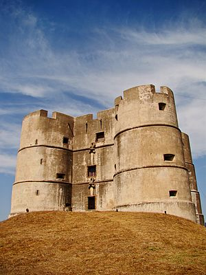 Castle of Evoramonte - The imposing and sobre surfaces of the Castle of Evoramonte, in reality