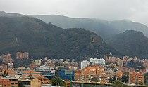 Cerros de Bogotá desde La Castellana.JPG