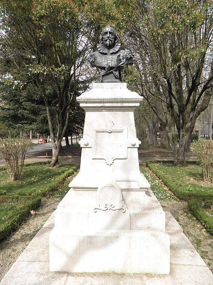 Bust of Cervantes erected in 1905, Burgos - Miguel de Cervantes