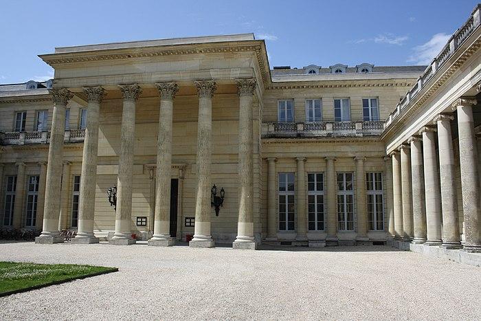 Ch teau monument historique rochefort en yvelines for Chateaux en yvelines