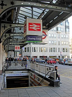 Charing Cross Station - geograph.org.uk - 618018