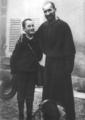Charles de Foucauld avec son neveu et filleul Charles de Blic à Barbirey.tif