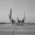 Chegada dos aviões para o Navio Aeródromo, Minas Gerais, MG 2.tif