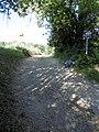 Chemin rural 34 St-Rémy lès Chevreuse départ en montée.jpg