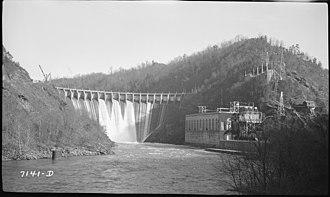Cheoah Dam - Image: Cheoah Dam NARA 280752