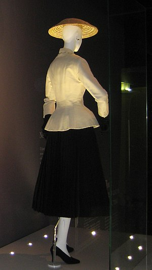 "Christian Dior - The ""Bar"" suit, Corolle, 1947, as displayed in Moscow in 2011"